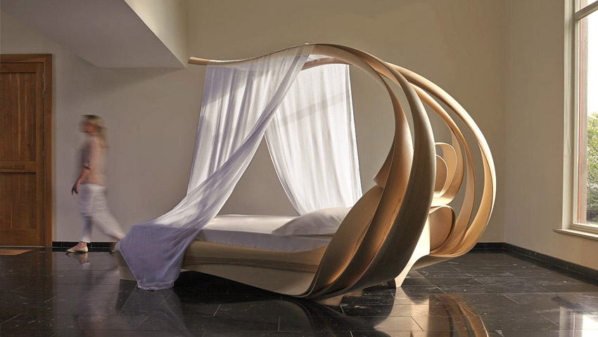 2_canopy-bed1