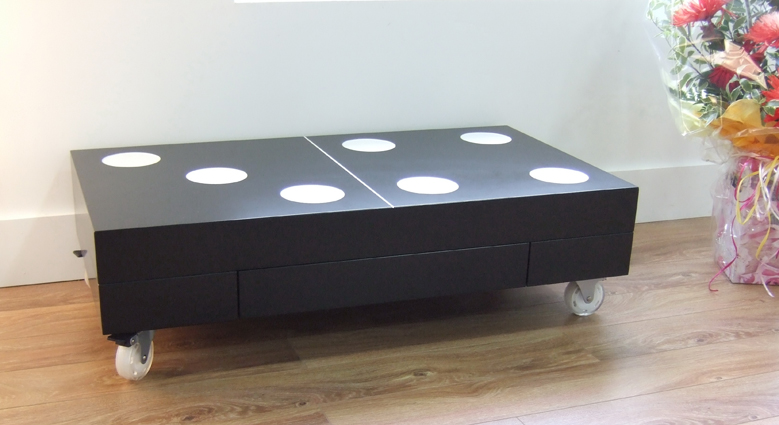 Low-Domino-Table-on-Wheels