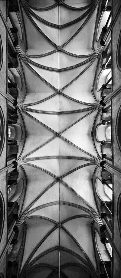 chichester-cathedral-ceiling