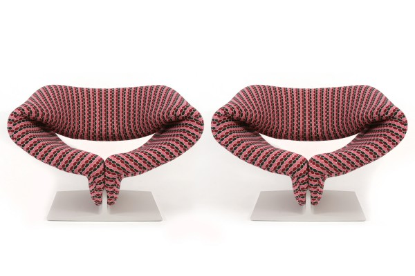 Rare-Pierre-Paulin-Ribbon-Chairs-1-600x400