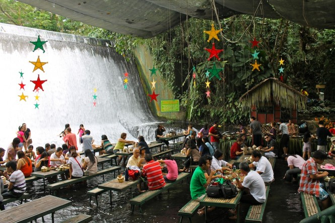 Escudero-Waterfall-Restaurant-665x443