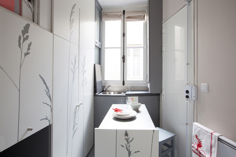kitoko-studio-8-sqm-tiny-apartment-paris-designboom-02