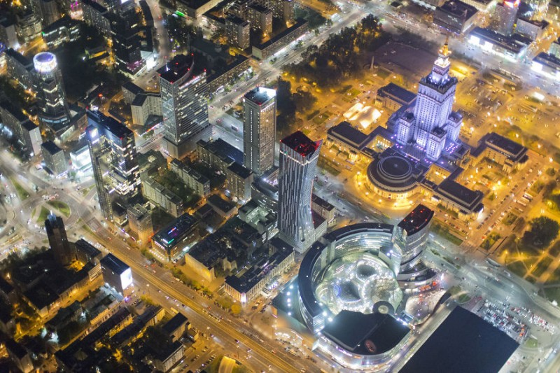 i-was-flying-3000ft-above-ground-in-warsaw-poland-to-make-the-photos-no-one-did-before-14__880