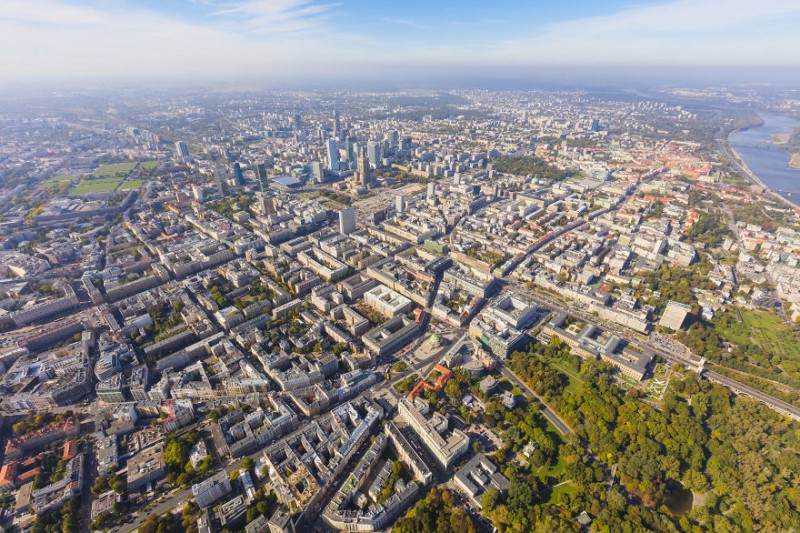 i-was-flying-3000ft-above-ground-in-warsaw-poland-to-make-the-photos-no-one-did-before-4__880