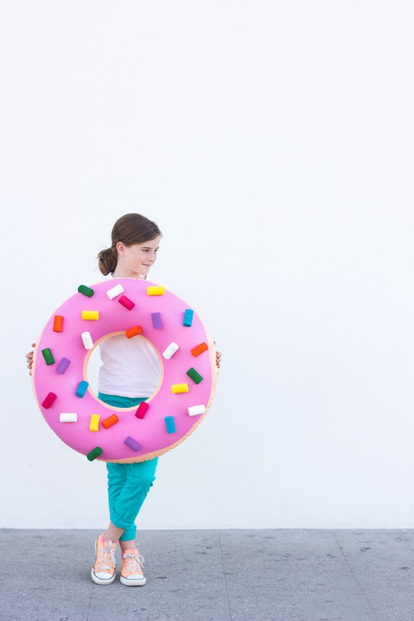DIY-Donut-Costume-600x900
