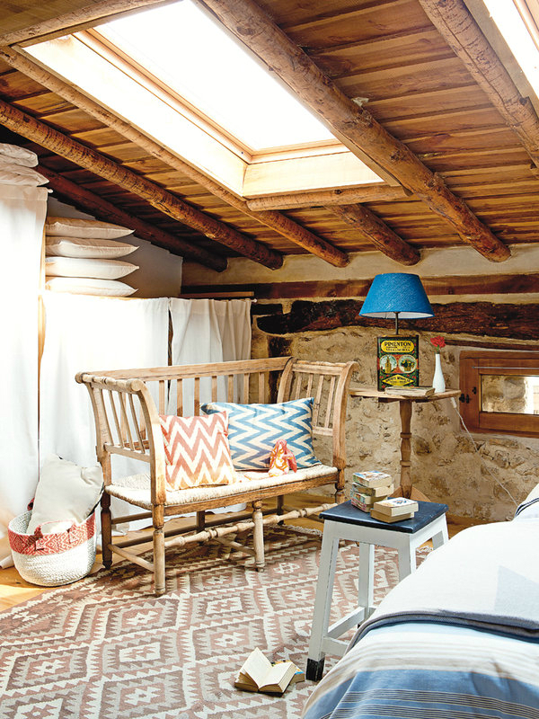 colorful-rustic-cottage-home-interior-14