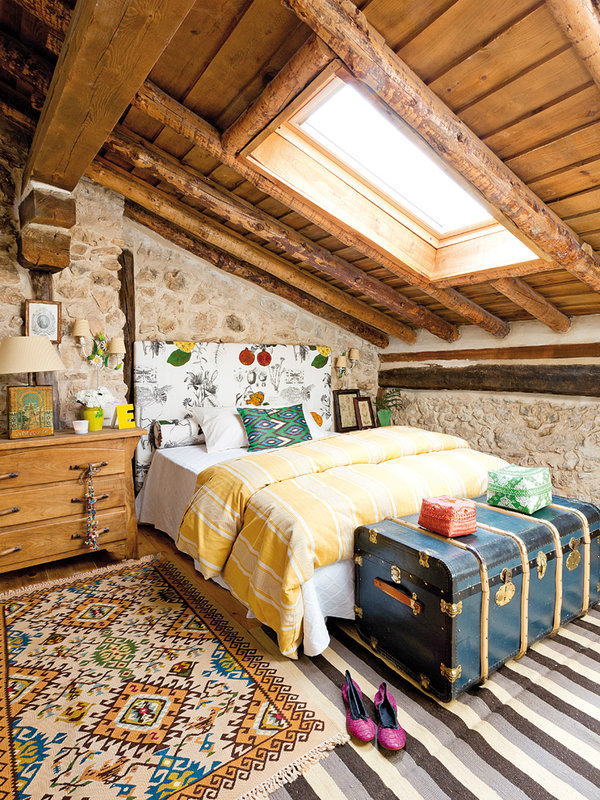 colorful-rustic-cottage-home-interior-15