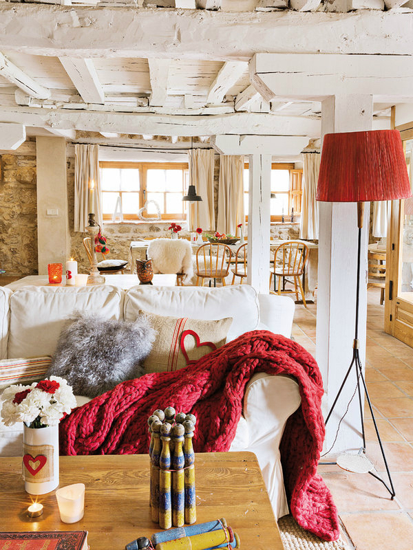 colorful-rustic-cottage-home-interior-3