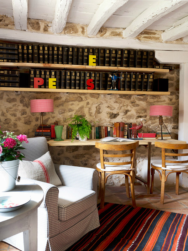 colorful-rustic-cottage-home-interior-4