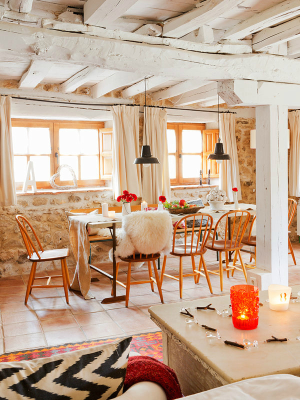 colorful-rustic-cottage-home-interior-5
