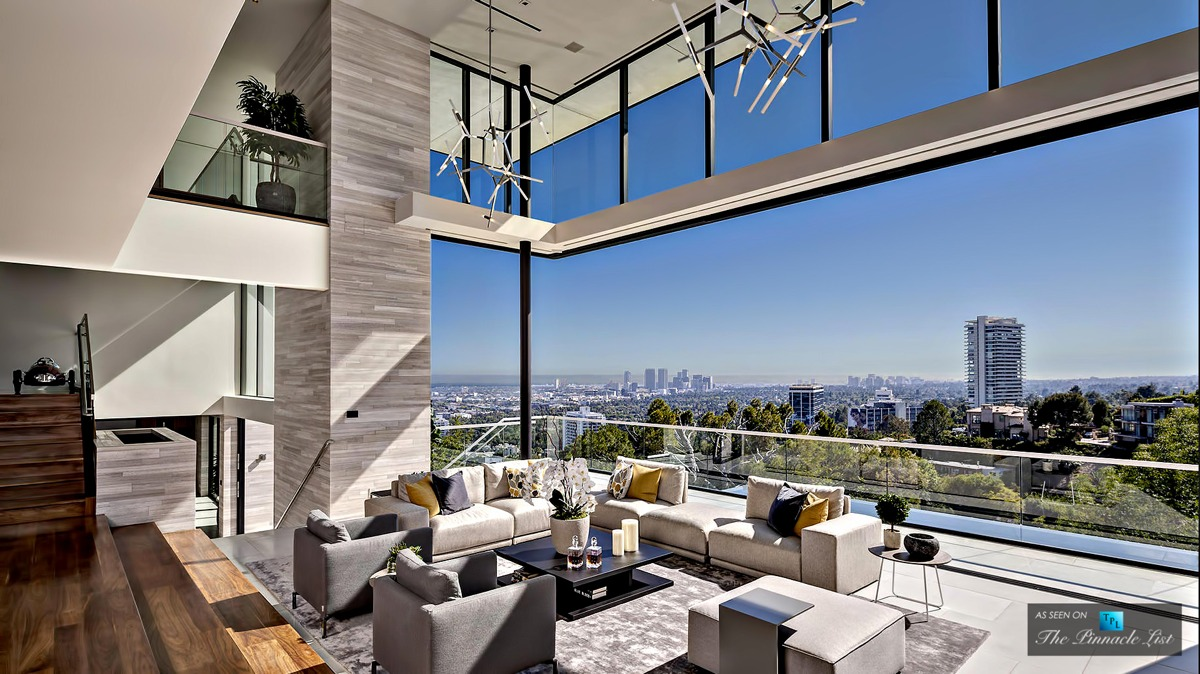 California-home-Hollywood-Hills-Open-living-and-outdoor-space