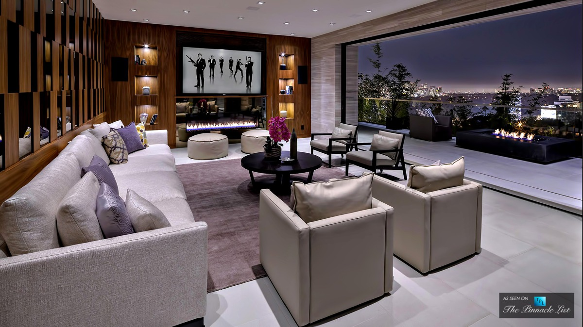 Luxe-living-room-wooden-walls-Hollywood-Hills