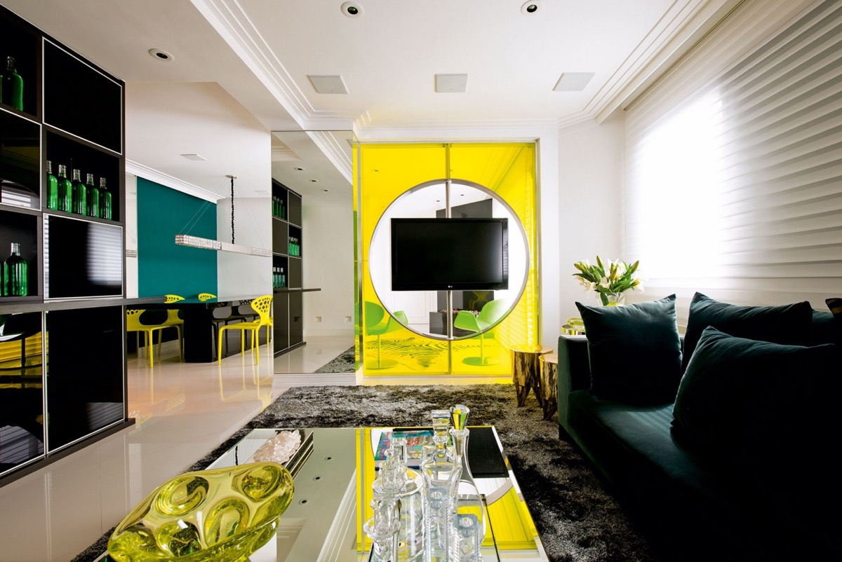 neon-yellow-interior